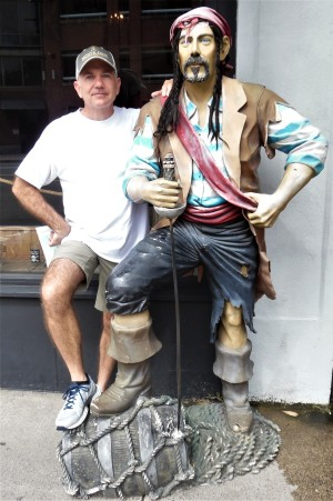 Pirates stick together